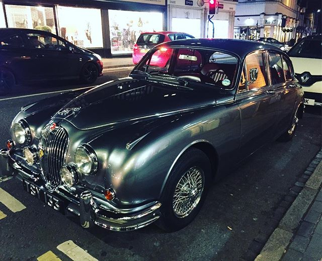 I am not a car guy but this probably the most beautiful car I've ever seen #jaguar