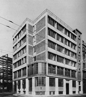 Headquarters of the left wing Daily Worker newspaper, designed by Goldfinger and constructed in 1946