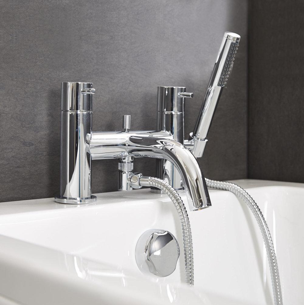20004010040 Metro Bath Shower Mixer angled.jpg