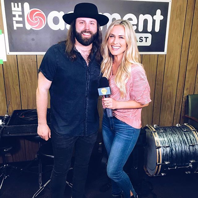 """Loved interviewing @cjsolar for his EP Release """"Get Away With It."""" Such a talented dude. He also co-wrote @morgancwallen hit single """"Up Down."""" Fun fact: my hubs co-wrote the song """"American Girls"""" on the EP, and it's so good! _____ Always love shooting w my @nashinsidertv family 🎥🙃"""