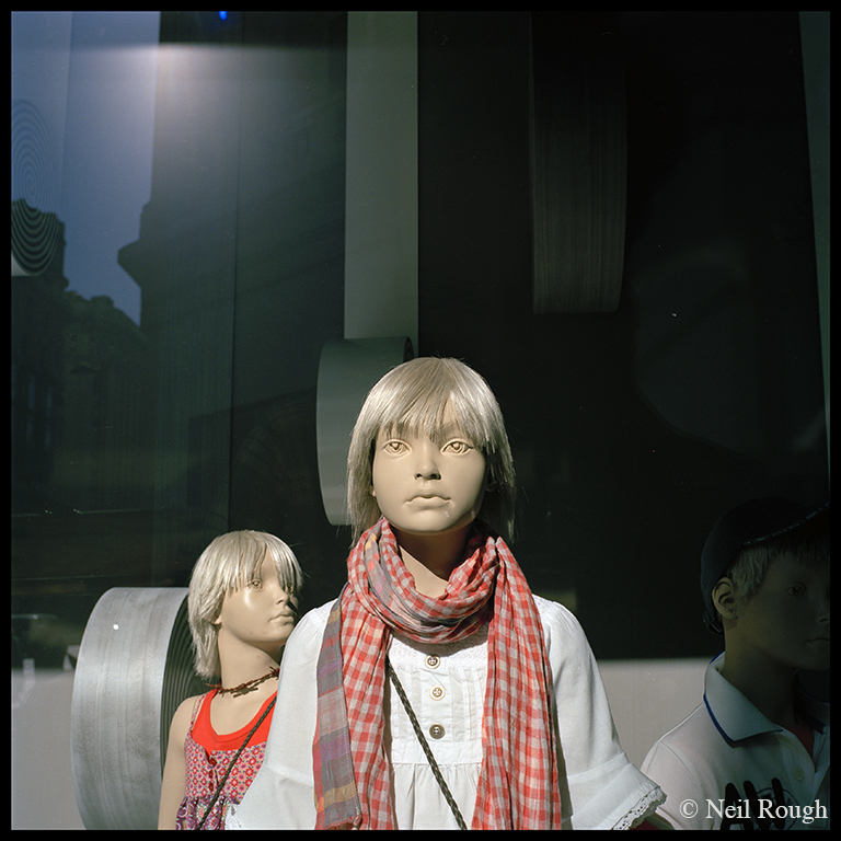 02. Madrids Mannequins window glare.jpg