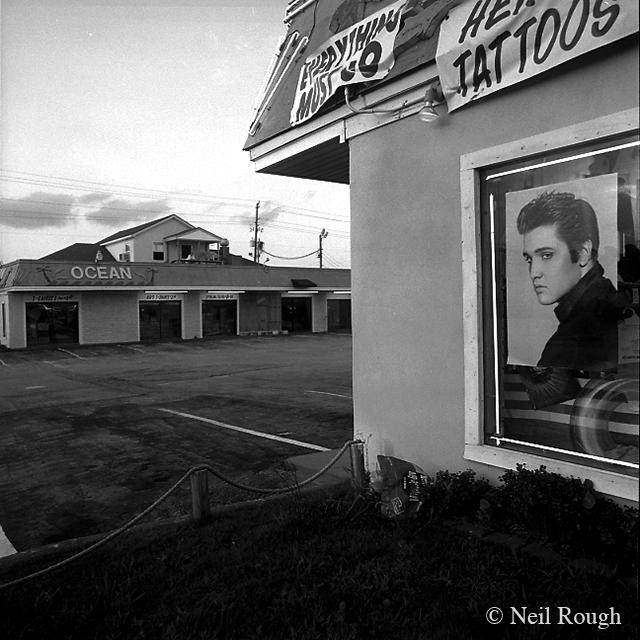6. Elvis Presley 1.jpg
