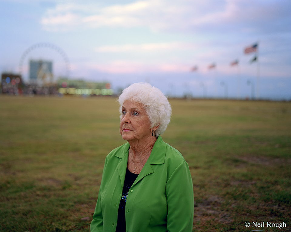 Myrtle Beach Green Lady 2011.jpg
