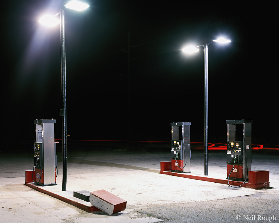 CA Niland Gas Station 2011.jpg