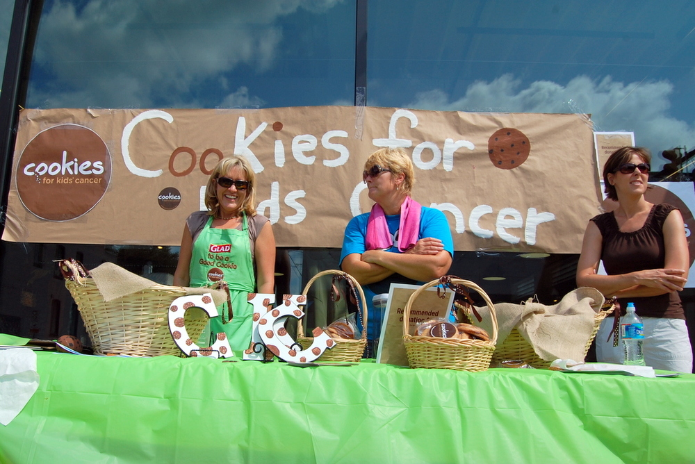 2012 - cookies for kids' cancer sale (nikon d40) 030.jpg