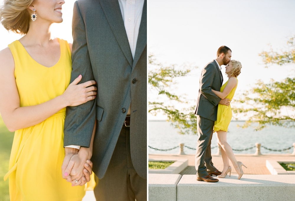 East 9th Pier Downtown Cleveland Engagement_0007.jpg