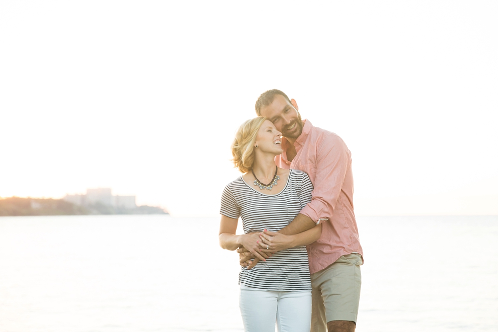 East 9th Pier Downtown Cleveland Engagement_0009.jpg