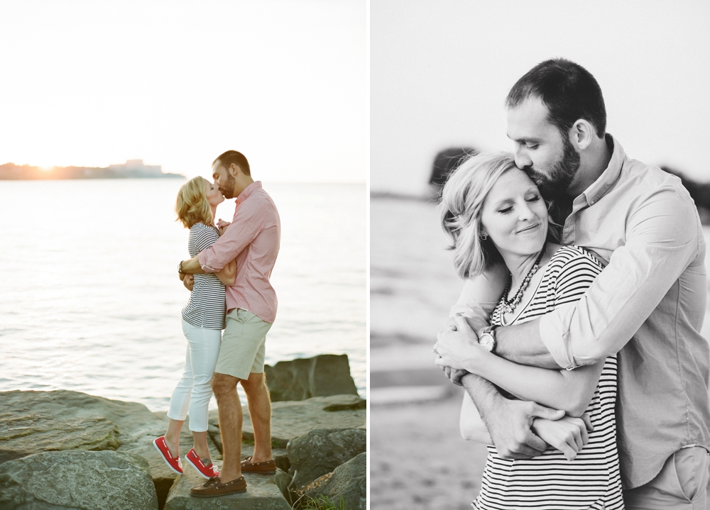 East 9th Pier Downtown Cleveland Engagement_0010.jpg