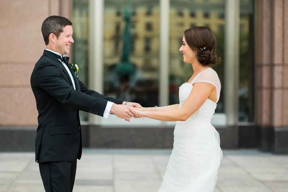Goodtime III Cleveland Ohio Wedding_0014.jpg
