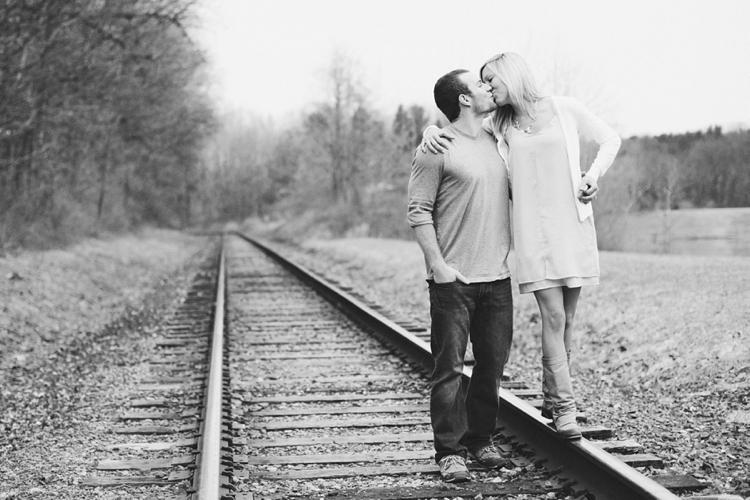 Lifestyle Engagement Photographer