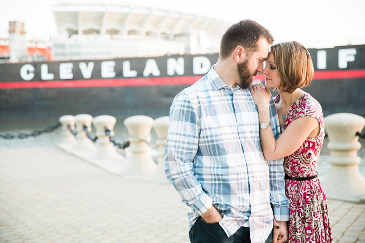 Voinovich Park Cleveland Engagement