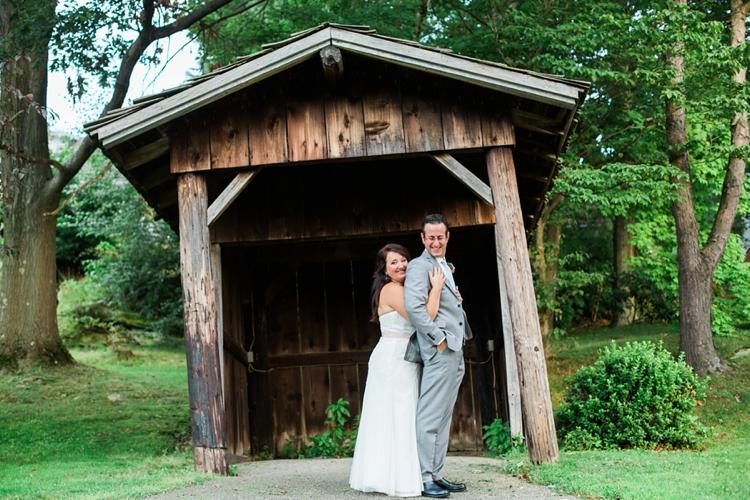 Patterson Fruit Farm Summer Wedding Photos