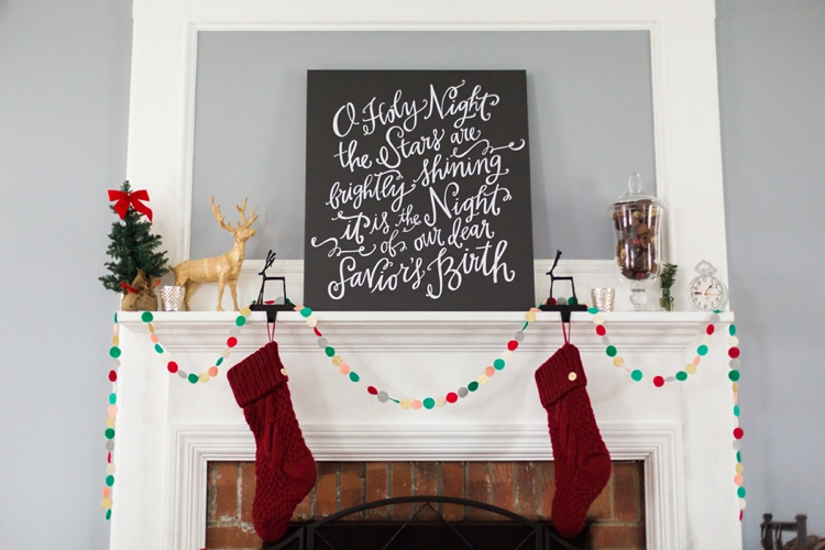 Christmas Mantel Decor_0001