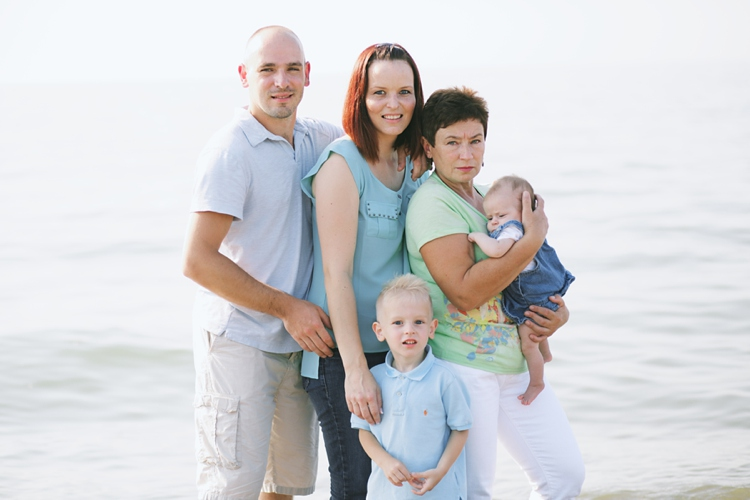 Mentor Headlands Beach Family Session