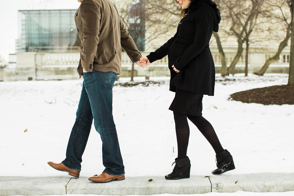 Snowy Cleveland Ohio Maternity Photos
