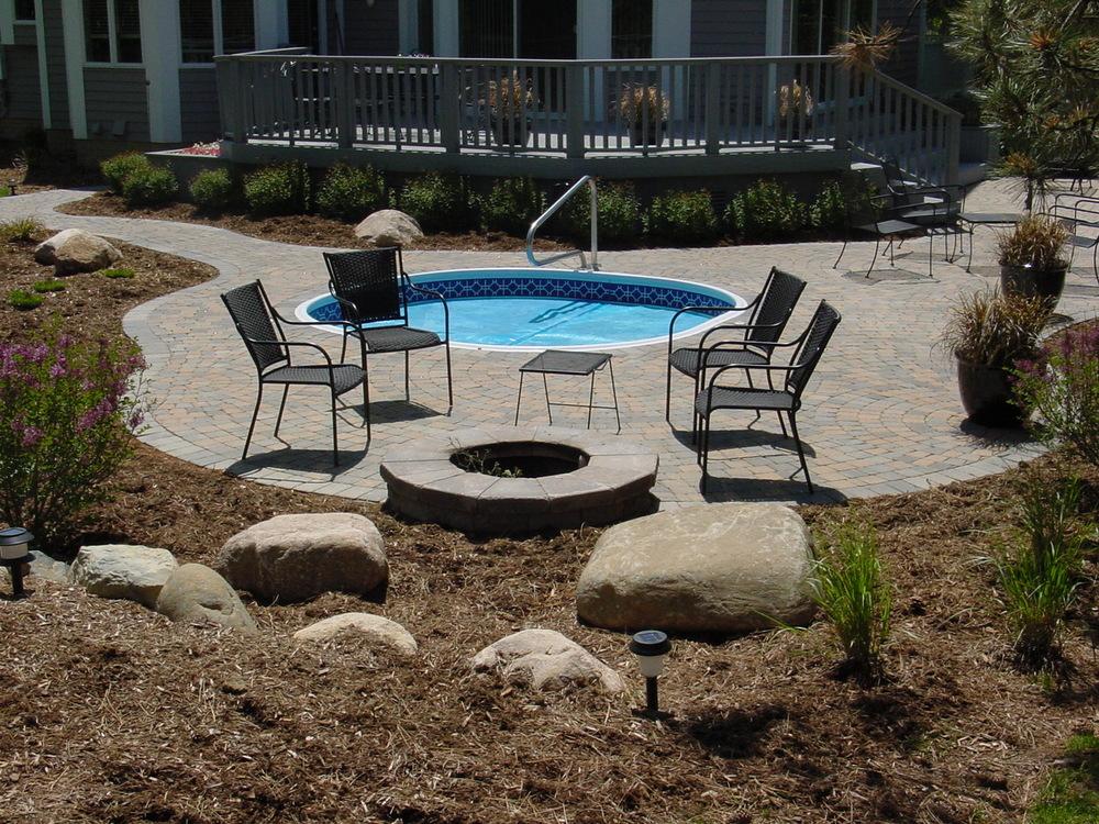 brick hot tub deck back yard