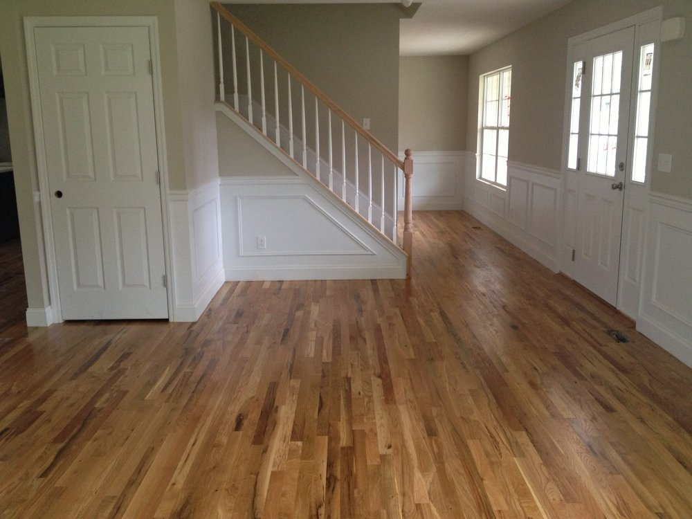 Red Oak Vs White Oak Hardwood Flooring Which Is Better Valenti