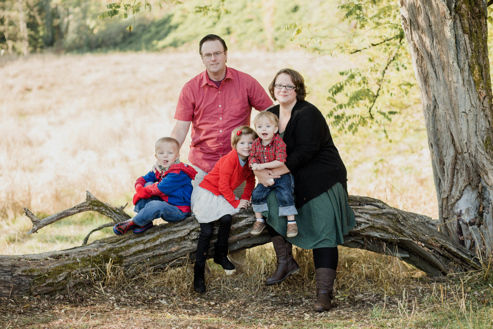 Ft. Steilacoom Family Portrait | Tacoma Photographer