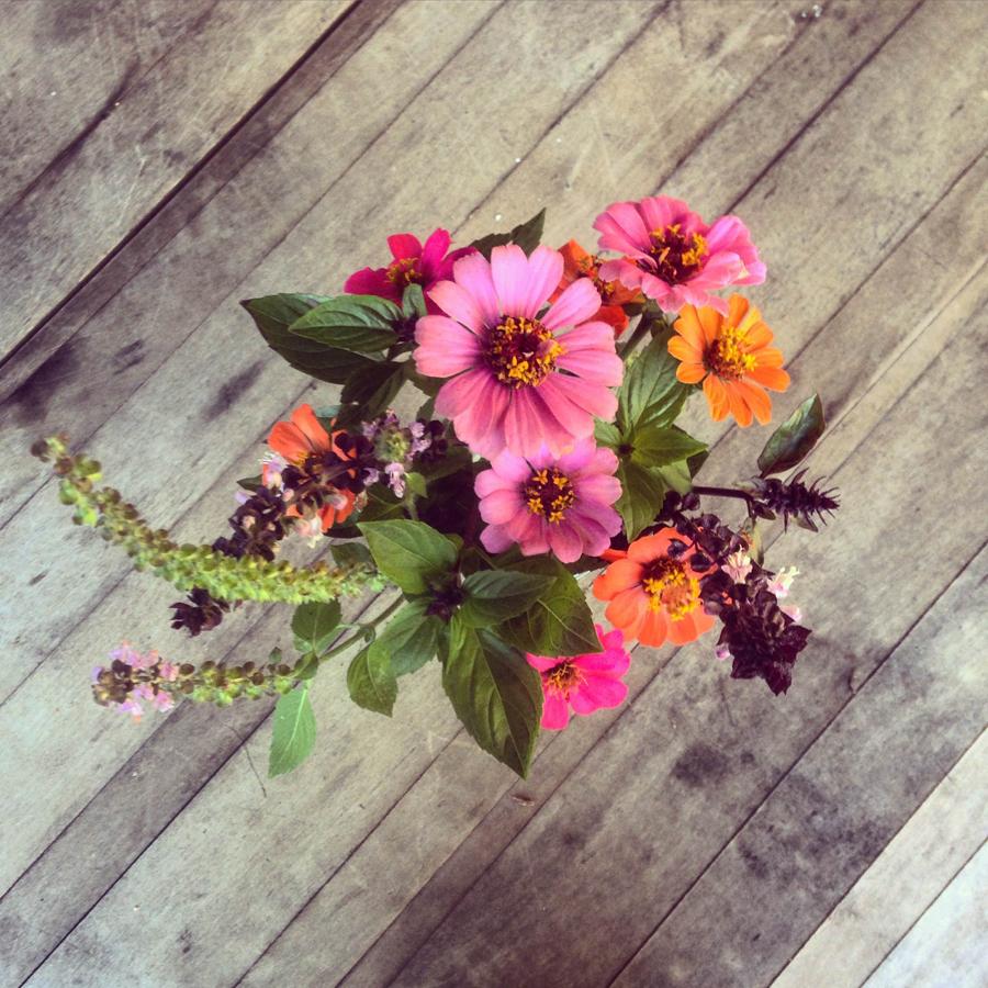 gallery_flowers.jpg