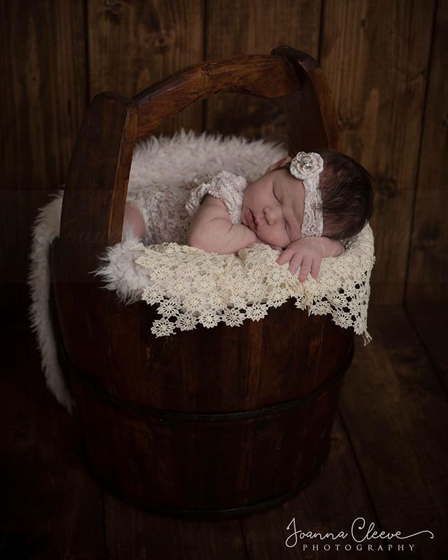 Oh my gosh she's just so gorgeous! ♡ . A sneak peek from today's session of this adorable 12 day old little girl! ♡ . Rice Bucket from Marmadukes Midhurst  Cream Floral Lace Layer purchased 5 months ago (02/09/2017) from Lavender Lace Newborn Photography Props Romper and headband from Designed by Sisters Photo Props ltd (All Rompers and headbands (up to 14 days old newborn) and props supplied by me for sessions)
