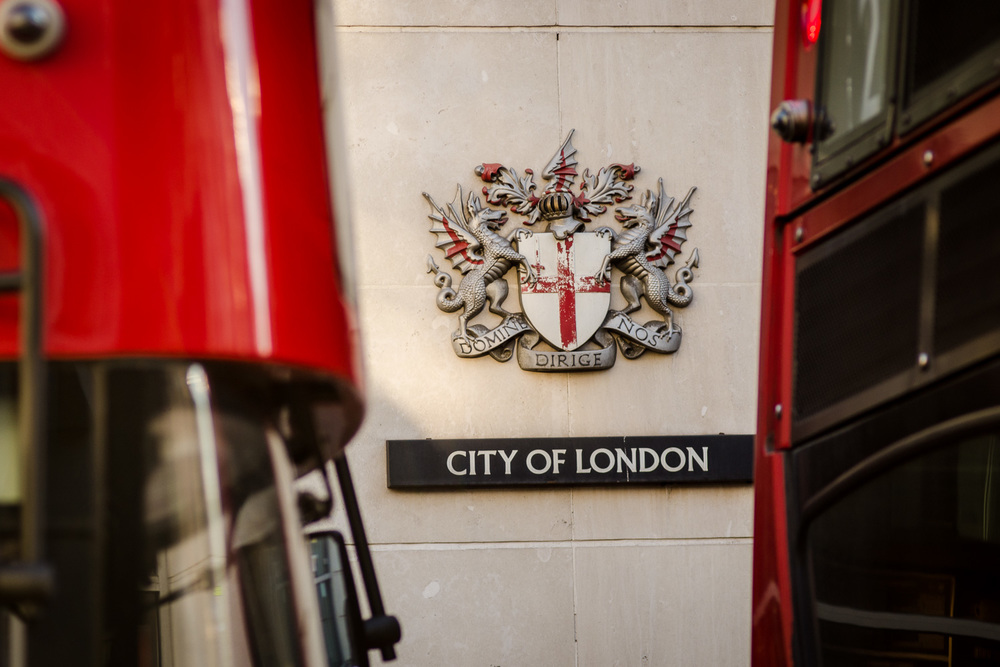 City of London Coat of Arms - Photography : Alexander J.E. Bradley - Nikon D7000 - Nikkor 80-200mm @ 135mm - f/4 - 1/250 - ISO:200