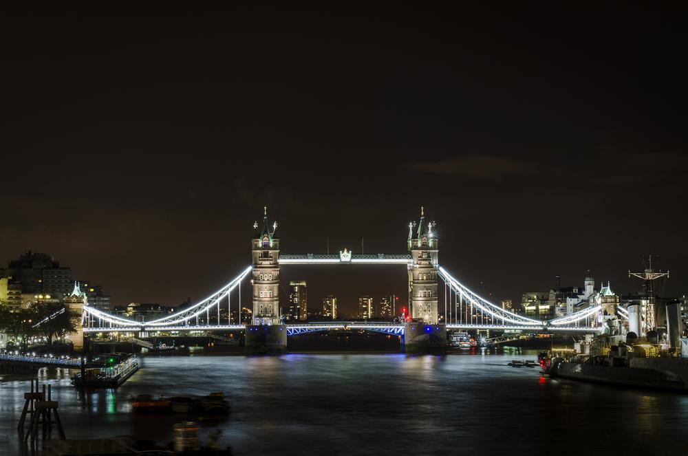 """From London Bridge  Photography: Alexander J.E. Bradley - Nikon D7000 - AF-S NIKKOR 24-70mm f/2.8G ED @ 50mm - f/11 - 30"""" - ISO:100"""