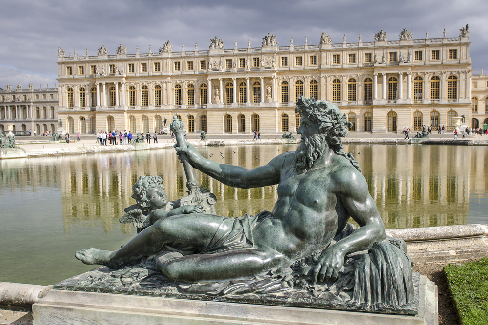 Rhône River - Photography : Alexander J.E. Bradley - Nikon D7000 - 24.0-70.0 mm f/2.8 @ 26mm - f/5.6 - 1/640 - ISO 100