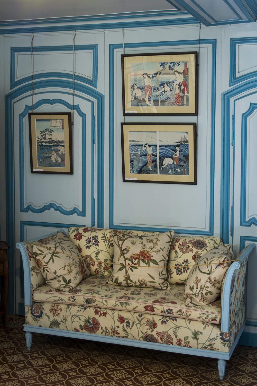 MONET'S HOUSE INTERIOR - PHOTO: ALEXANDER J.E. BRADLEY - NIKON D7100 - 24-70MM F/2.8 @ 32MM - F/2.8 - 1/40 - ISO 400