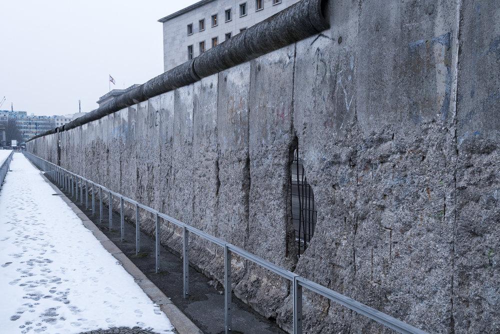 Topography Of Terror -Niederkirchnerstraße Photography : Alexander J.E. Bradley - Nikon D500 - 14-24mm f/2.8 @ 24mm - f/5.6 - 1/100 - ISO 400