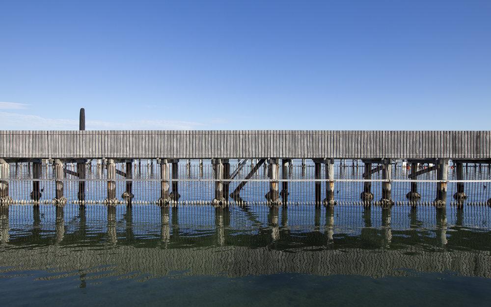 Middle Brighton Baths PHOTOGRAPHY : Sammy Green - Canon Eos 6D - EF16-35mm f/2.8 Il USM @ 23mm - F/10 - 1/125 sec - ISO 100