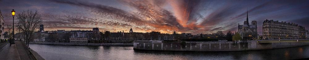 Quai d'Orleans  PHOTOGRAPHY : ALEXANDER J.E. BRADLEY •Nikon D700 • AF-S NIKKOR 24-70mm F/2.8G ED