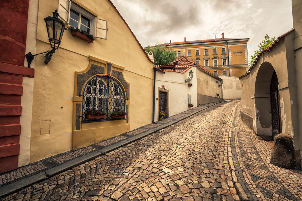 prague_off_beaten_track3.jpg