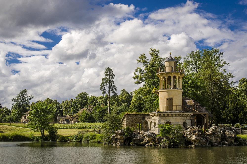 La tour de la pêcherie -Hameau de la Reine PHOTOGRAPHY: ALEXANDER J.E. BRADLEY •NIKON D7000 • AF-S NIKKOR 24-70mm f/2.8G ED @ 34mm • Ƒ/9 •1/320•ISO 100