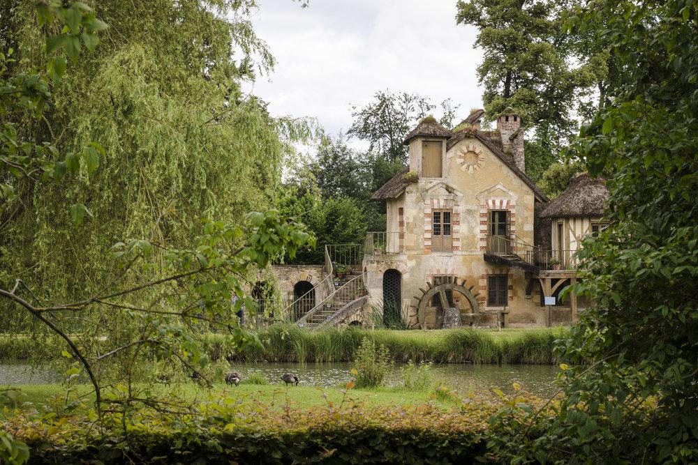 Le moulin -Hameau de la Reine PHOTOGRAPHY: ALEXANDER J.E. BRADLEY •NIKON D7000 • AF-S NIKKOR 24-70mm f/2.8G ED @ 66mm • Ƒ/14 •1/100•ISO 400