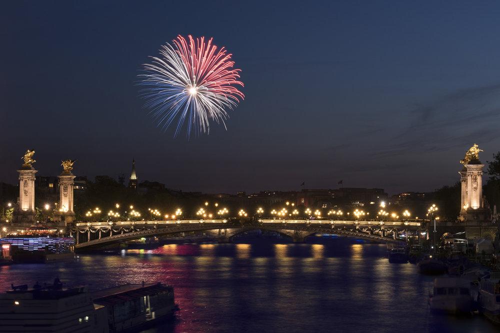 Bastille Day - Paris PHOTOGRAPHY: ALEXANDER J.E. BRADLEY •NIKON D500 • AF-S NIKKOR 24-70mm Ƒ/2.8G ED @ 45MM • Ƒ/11 • 5sec •ISO 100