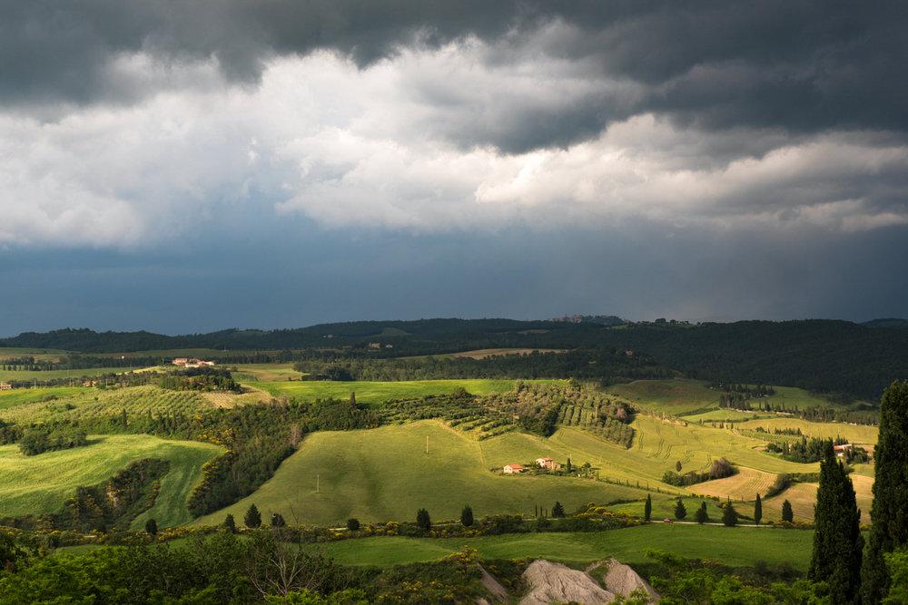 Copia di View of the countryside around Pienza.jpg