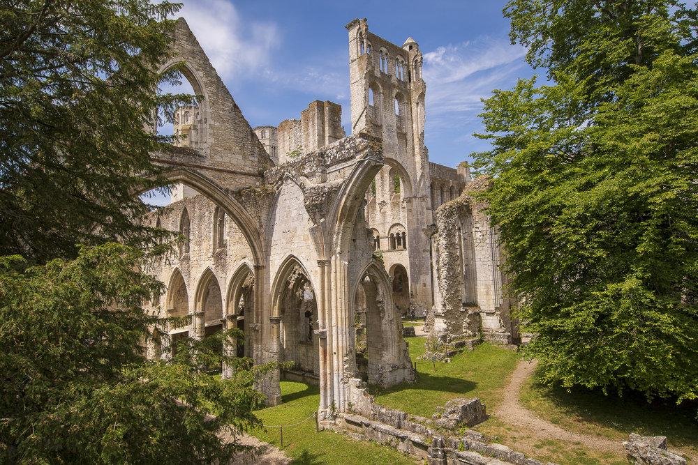 Abbaye de Jumièges004-aperture-tours.jpg
