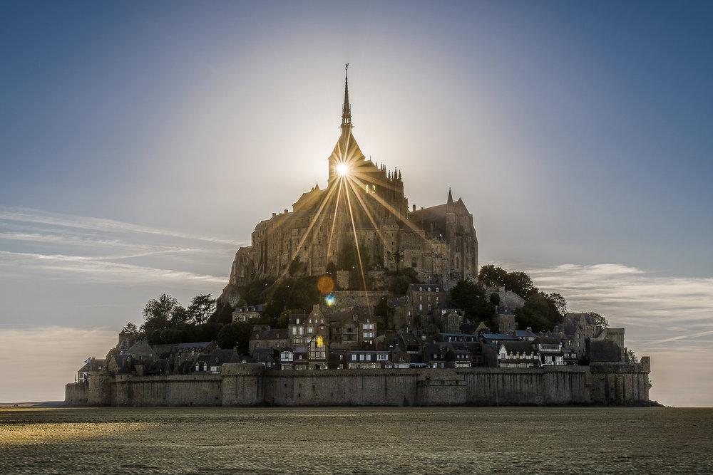 MontSaint-Michel-002-aperture-tours.jpg