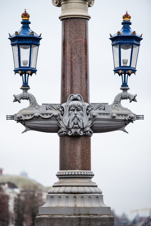 Blauwbrug  PHOTOGRAPHY: William Lounsbury • NIKON D800 • AF-S Nikkor 70-200mm ƒ/2.8G VR IF-ED @ 165MM • Ƒ/2.8 • 1/400 • ISO 400