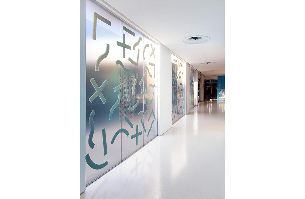 erin-d-garcia-standard-hotel-losangeles-installation-4.jpg