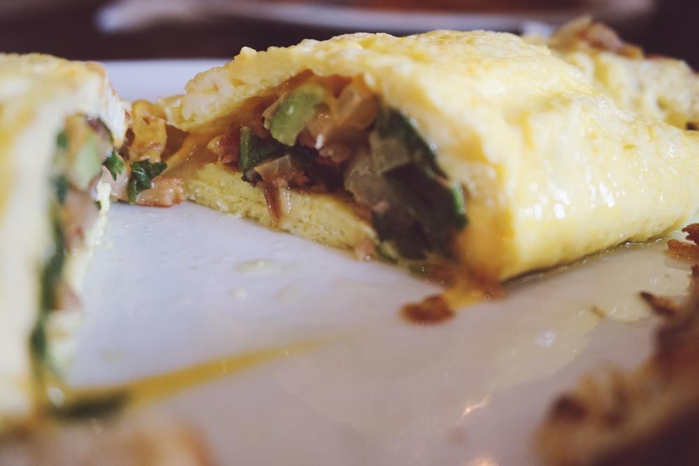 My choice? I   got the Church Street Omelette, stuffed with   Avocado, Spinach, Bacon, Onions & Cheddar. So. GOOD.