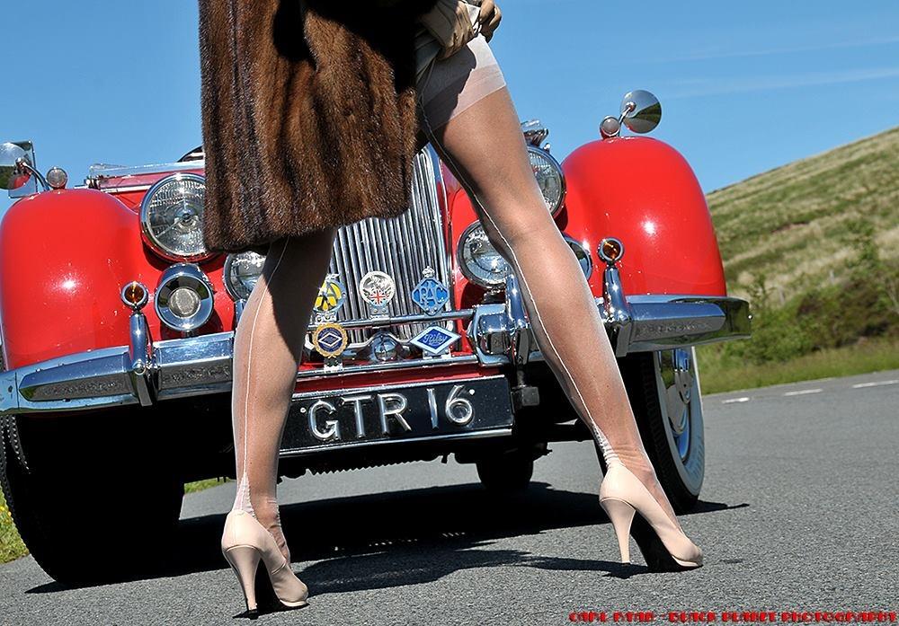 Classic Nylons Ivory Stockings