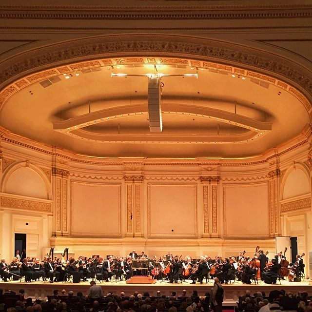 #tbt to #atelierandco outing last week to see the Orchestre Symphonique De Montreal at Carnegie Hall. @maximvengerov and Kent Nagano brought the house down with the most awe inspiring performance of Brahms' Violin Concerto in D major. 🙌🏼🎶✨ . . #atelierandco #orchestra #shotoniphone #classical #photooftheday #detailsmatter  #playbill #kentnagano #maximvengerov #jeanwillykunz #carnegiehall #classicalmusic #orchestresymphoniquedemontreal #music