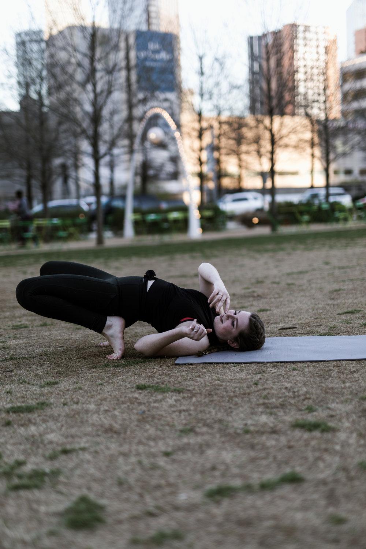 yoga_fails-1.jpg
