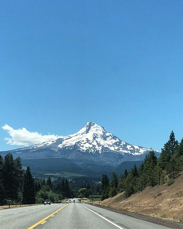 One day we won't have to say goodbye to the gorge after every trip. #homesweethome #exploregon #mthood #thegorge