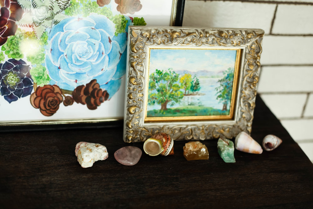 Style tip: Display a collection of your favorite rocks and shells.