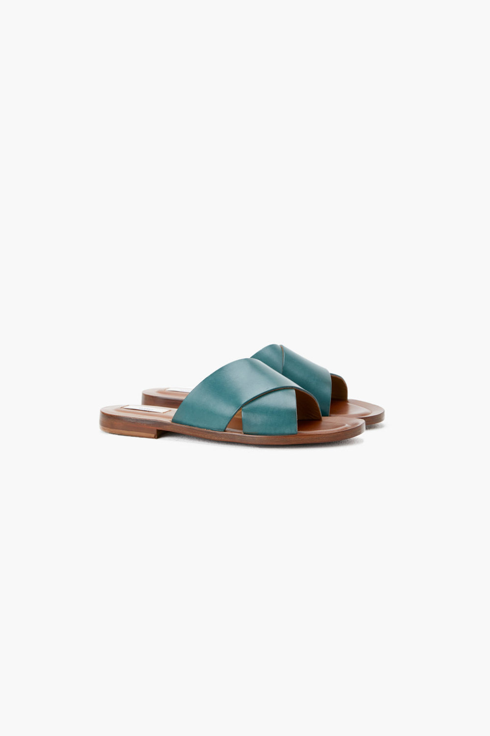 Closed Sandal
