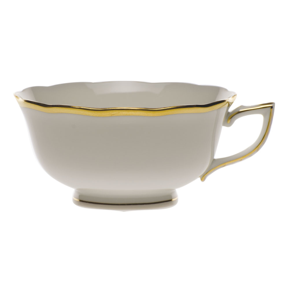 Gwendolyn Tea Cup