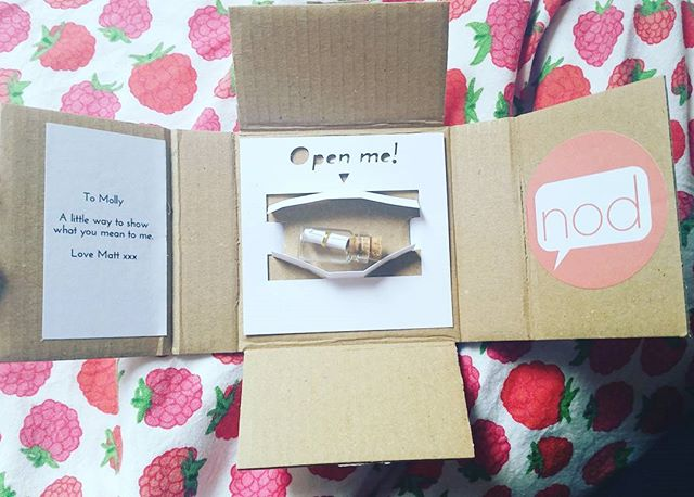 This is so bloody cute - I'm made up.  💞 #messageinabottle #sendnod