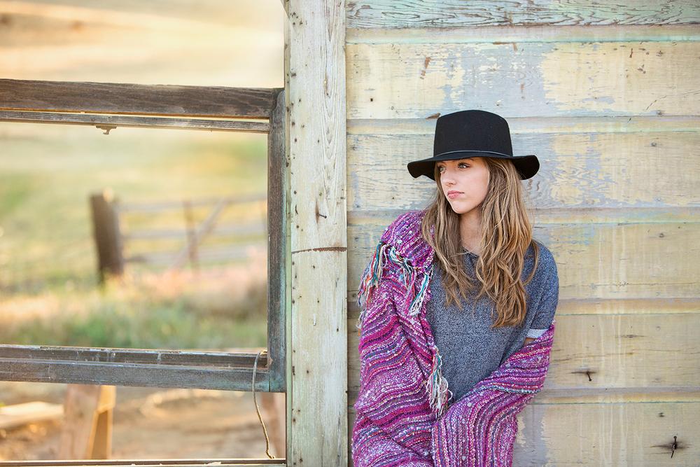 Dena_Rooney_Senior_Portrait_Photographer_014.jpg